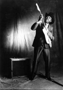 Black to the Music - Otis Rush 05