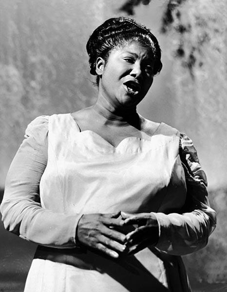 Black to the Music - Mahalia Jackson - B5