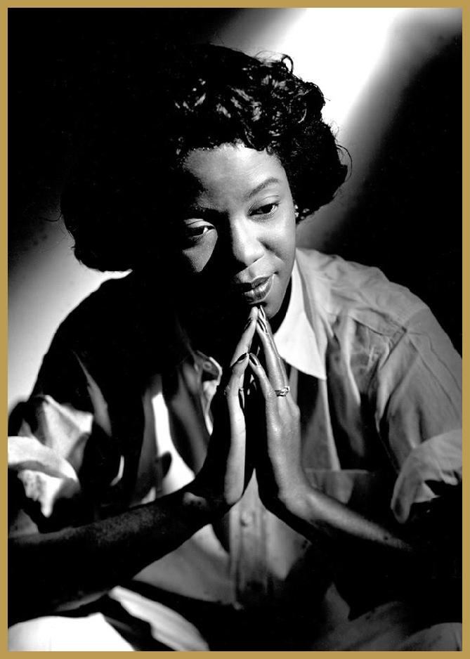 Black to the Music - 1948 Sarah Vaughan, NYC, New York (photo Herman Leonard)