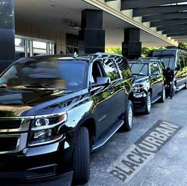 The-Best-Premium-Luxury-Limo-Service-for-Super-Bowl