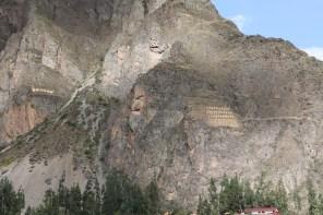 Die Vorratskammern wurden in den Berg hinein gebaut.