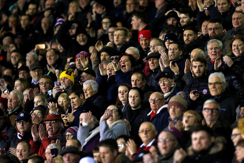 'Only In Sheffield' 'I've Watched This Hundreds Of Times' – Fans Laugh At Supporter's Failure To Hoof A Ball Against Brentford