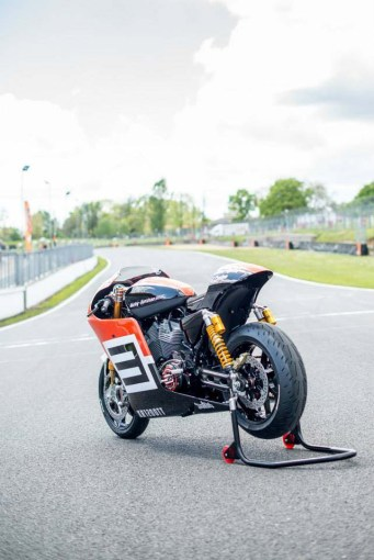 wpid-harley-davidson-xr1200tt-shaw-speed-custom-10.jpg