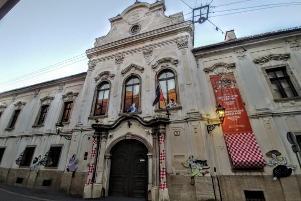 Do dugo u noć, plesao se menuet, družilo i šurovalo, u gornjogradskoj palači koja je već 27 godina privremeni dom Hrvatskog povijesnog muzeja