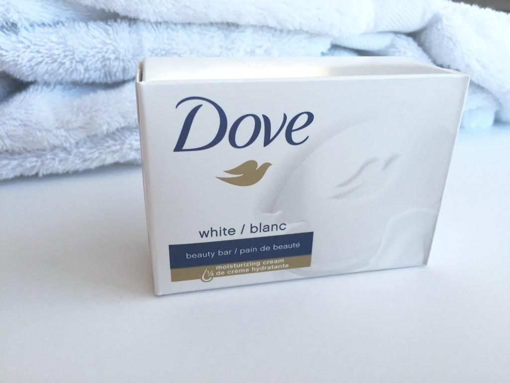 5 Easy Ways To Combat Dry Winter Skin | Blairblogs.com