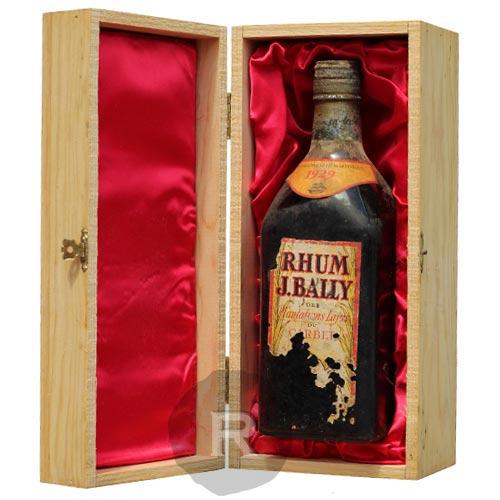 Une des nombreuses bouteilles disponible chez la Compagnie du rhum