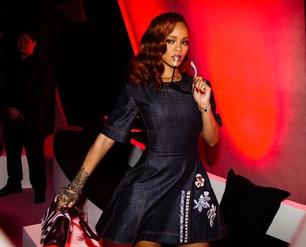 Rihanna classe avec ses tatouages tribaux