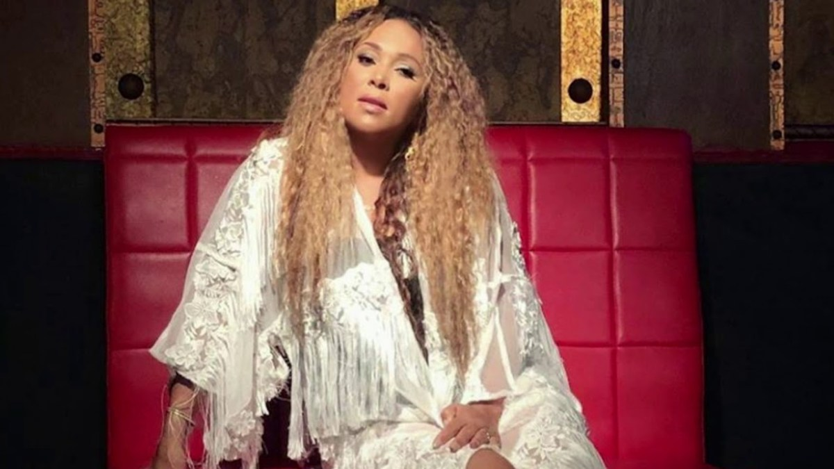 Video Premiere: Tamia - Leave It Smokin'