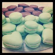 Chocolate and pistachio macaroons