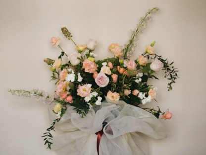 JUPITER | Opening Flower Stand
