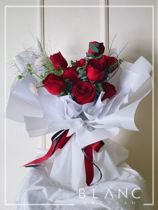 GARNET – VALENTINE'S DAY RED ROSE BOUQUET