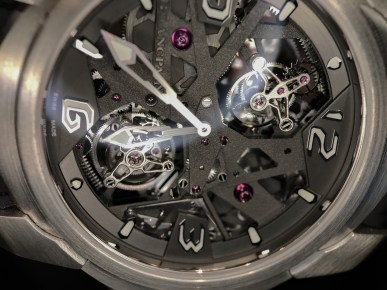 L'Evolution Tourbillon Carrousel