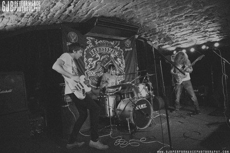 We Are Knuckle Dragger - Oct 2014