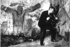 1956 Tommy Hawkins carving at Blantyre
