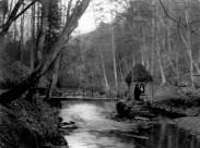 c1910 Hermits Hut, Calderwood Glen