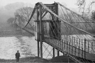 1910 Original Pey Bridge over Clyde