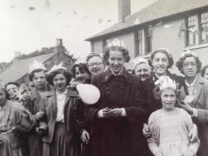 villagecoronation1953