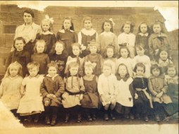 1918 Ness's School. Previously unseen photo donated by Arlene Green