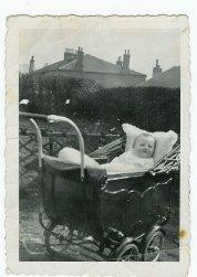 1931 Baby Alec Danskin at Broompark Road (PV)