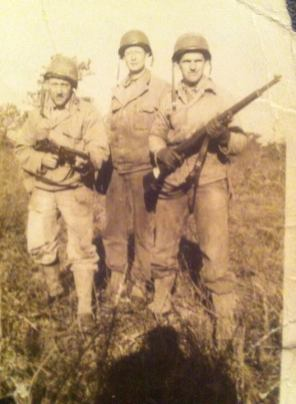 c1944 David Dunsmuir in middle, sent in by Susan Dunsmuir