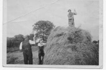 1940s Calderside Farm Robert Marshall. Shared by Jim Cochrane