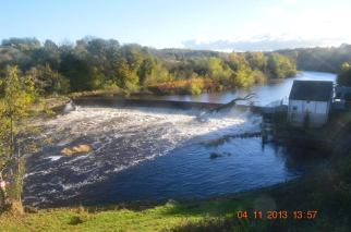 2013 Nov. Blantyre Weir by Andy Bain