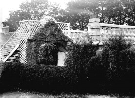 c1908 Auchentibber Quoiting Green Gardens. Behind the Inn. Photo by David Ritchie