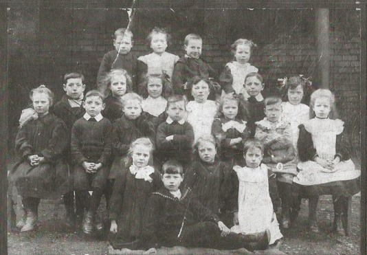1905 Auchentibber School shared by J Cochrane
