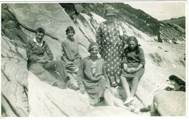 1931 Duncan Family at Beach