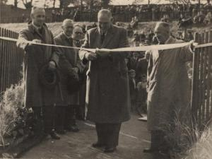 1952 Opening the Suspension Bridge at Blantyre