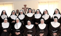 2010 The Poor Clare nuns at Bothwell