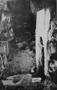 c1900 The Fairy Well, Calderwood Glen