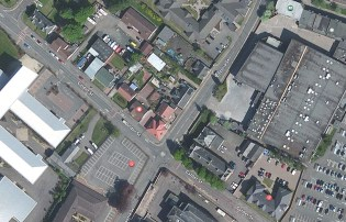 2013 Apple Maps are more current