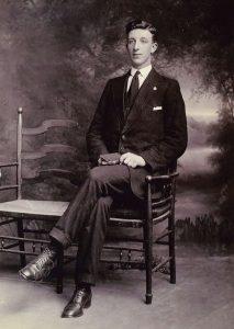1940s William L Gardner