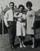 1967 Maisie Gardner and the Scotts at Auchinraith Terrace