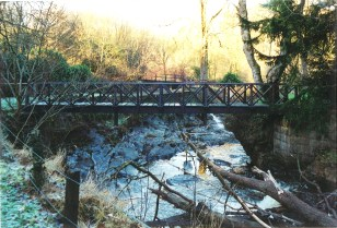 2005 Wooden Footbridge at Crossbasket Castle