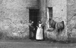 1900 Shuttle Row women