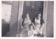 1950s Lizziz Anderson and Alice Innes McGuire