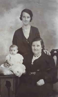 1936 Little Jane, Annie and Jane Nimmo