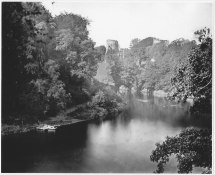 1870 Bothwell Castle by Thomas Annan