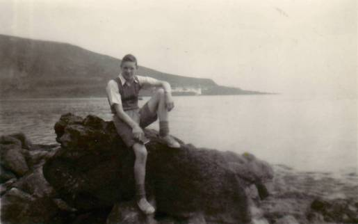 1954 John Duncan Whiting Bay on Arran with Holy Isle Lighthouse in background
