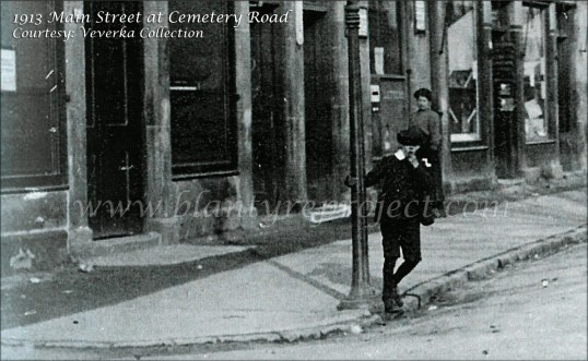 1913-corner-of-cemetery-road-wm