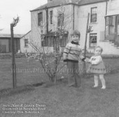 1975 Dunn children at Greencroft