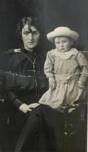 1915 Mary & Robert Duncan Bradley (aged 1)