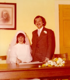 1976 Elizabeth and Henry Hambley