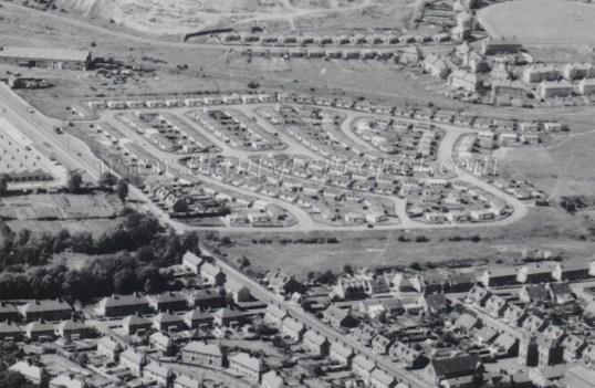 1961 Aerial Prefabs High Blantyre wm
