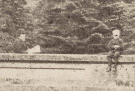 1878 Bridge figure in Bandages