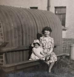 1949 Elizabeth Weaver and Auntie Betty Victoria St