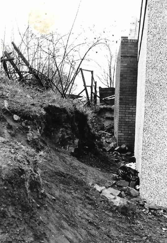 1977 21 April Eddies shop