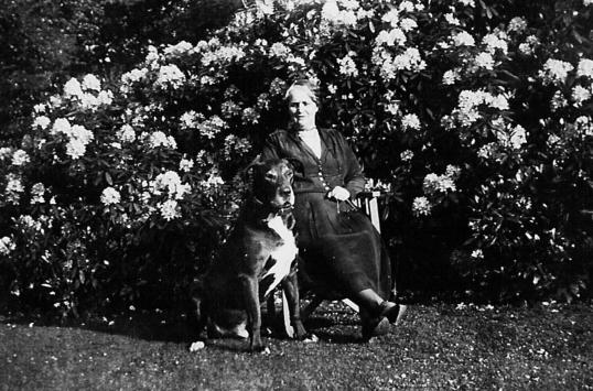 1940s Jessie Paul at Greenhall